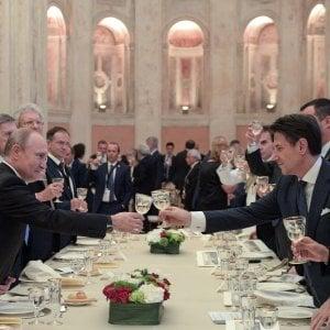 """Moscopoli, Conte: """"Savoini non ha mai avuto incarichi di governo. La maggioranza non è a rischio"""""""