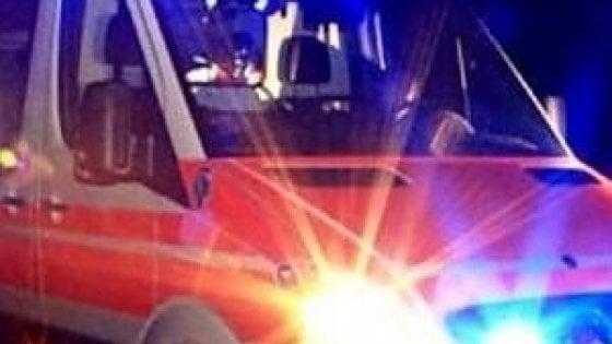 La strage sulle strade, 12 morti. Tra sabato e domenica due comitive di 8 ragazzi perdono la vita . Arrestato un romeno per omicidio stradale