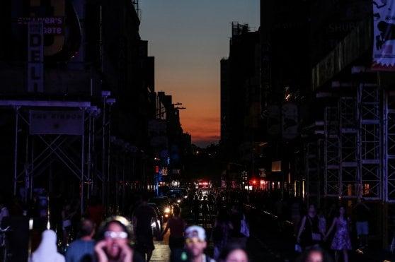 New York, caos per un blackout. Fermi treni della metro e città al buio per tre ore