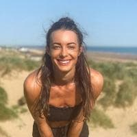 Gb, muore in un incidente in monopattino la nota youtuber e presentatrice Emily Hartridge