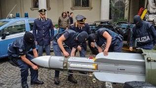 Sequestrato arsenale con armi da guerra a estremisti di destra foto