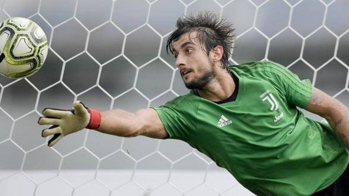 Mercato: la Juventus cede Perin al Benfica. Idea Sturridge per l ...