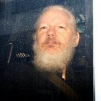 "Cnn: ""Assange era in contatto con l'intelligence russa"""