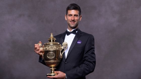 Tennis, Djokovic: Grazie Federer, abbiamo scritto una pagina di storia