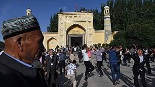 Il finto eden degli Uiguri -   foto