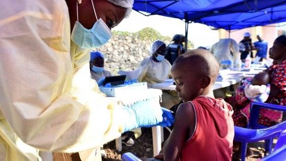"""Ebola, Oms: """"L'epidemia in Congo è emergenza mondiale"""". Unicef: """"Contagiati 750 bambini"""""""