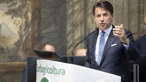 Conte: possibili danni all'Italia dopo il voto della Lega alla Ue