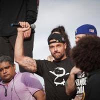 Porto Rico, in migliaia sfilano contro governatore omofobo. Ricky Martin al corteo:...