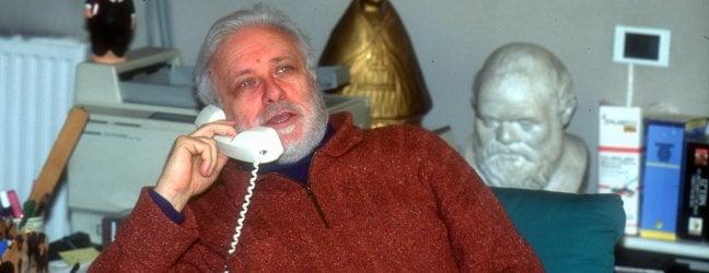 Morto Luciano De Crescenzo, l'ingegnere filosofo che raccontò Napoli foto