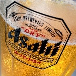 Birra, Ab InBev vende la divisione australiana ad Asahi per 11 miliardi di dollari