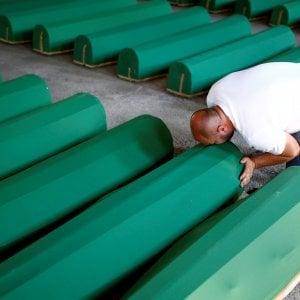"""Srebrenica, l'Olanda fu """"solo parzialmente"""" responsabile della morte di 350 bosniaci musulmani"""