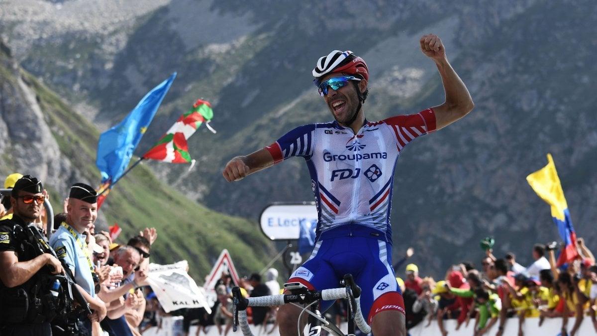 Ciclismo, Tour de France: Pinot vince sul Tourmalet. Alaphilippe ancora super: secondo e sempre più in giallo