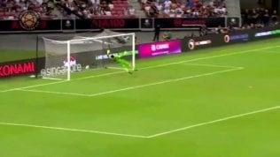 Magia di Kane da centrocampo: il gol al 93' che fa impazzire i tifosi
