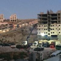 """Israele, via alla demolizione delle case palestinesi. Un residente: """"Voglio morire qui"""""""