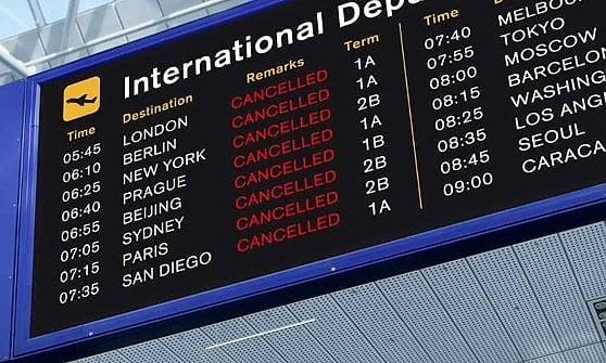 Ritardi in volo. Canada, Tunisia e Portogallo le destinazioni più a rischio