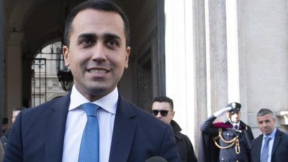 """Governo, Di Maio attacca su autonomie e Arata: """"Tentò di sabotare i 5S"""". Salvini: """"Il futuro? Siamo nelle mani di Dio"""""""