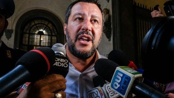"""Salvini a Bibbiano: """"Non avrò pace finché l'ultimo bambino non sarà a casa"""". Il Pd: """"Una passerella. E tace su Moscopoli"""""""