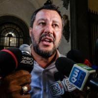 """Salvini a Bibbiano: """"Non avrò pace finché l'ultimo bambino non sarà a casa"""". Il Pd: """"Una..."""