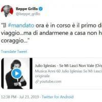 """M5S, Grillo ironizza sul mandato zero annunciato da Di Maio: """"Di andarmene a casa non ho..."""
