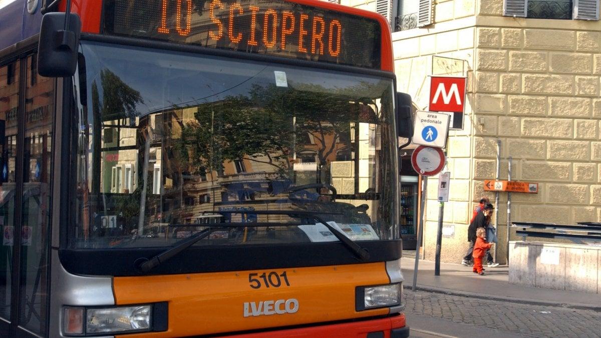 Sciopero, il mercoledì nero dei trasporti: si fermano treni, metro, bus ...