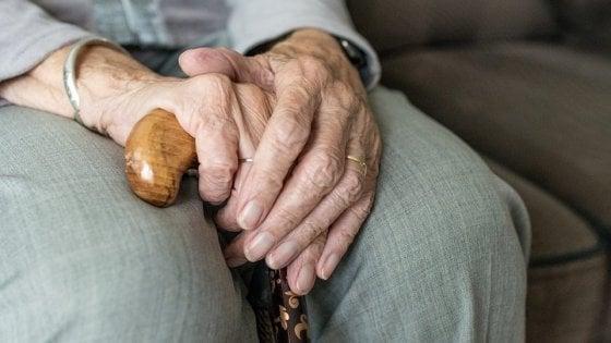 Italia, paese degli ultracentenari: è record di longevità in Europa