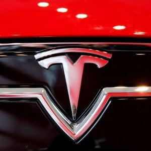 Tesla, il rosso è molto più grande delle attese: nuova doccia fredda a Wall Street