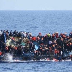 Immigrazione, l'Unhcr: naufragio al largo della Libia, i morti potrebbero essere 150