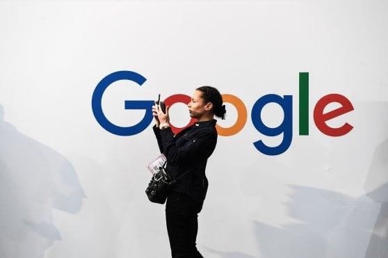 Trump all'attacco delle Big Tech e minaccia la Francia per la digital tax