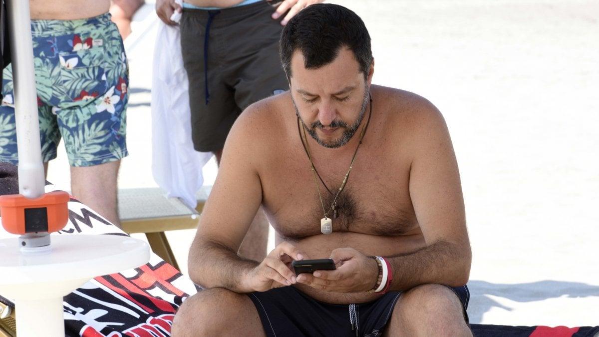 """Carabiniere ucciso, Salvini: """"Negli Usa pena di morte per gli assassini"""". Di Maio attacca: """"Nelle città sicurezza precaria"""""""