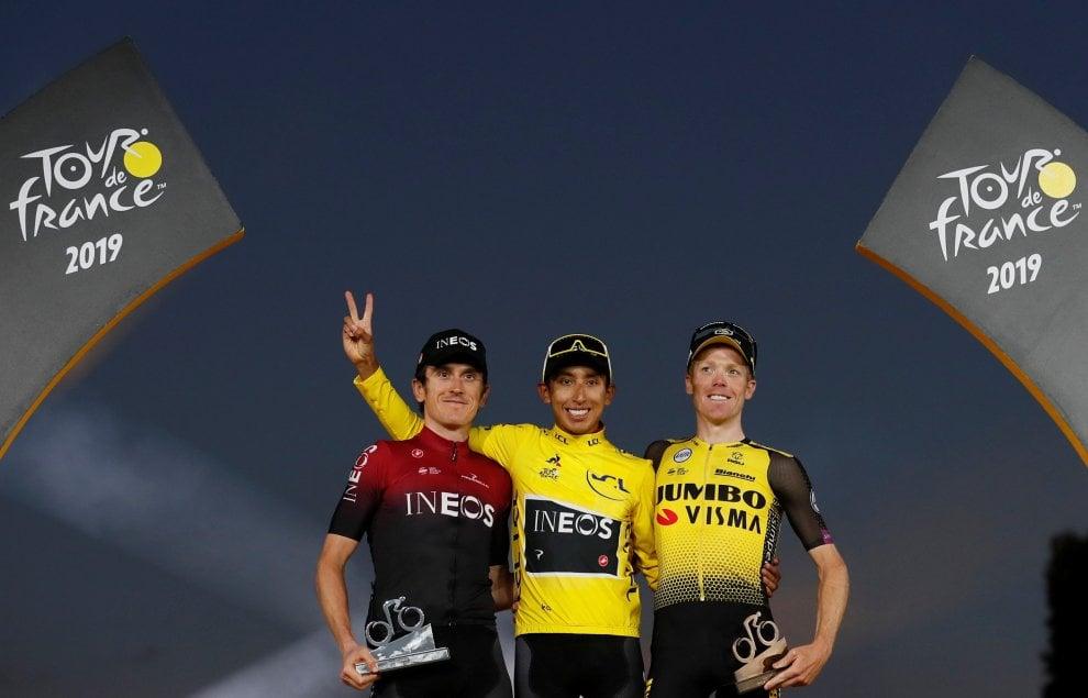 Tour de France, a Parigi festa colombiana per Bernal