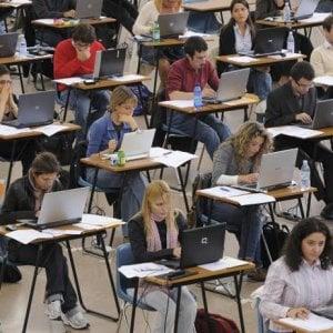 Concorso facilitato e Pas per insegnanti precari: ecco il decreto scuola