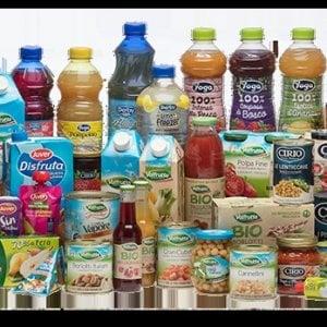 Bottiglie più leggere nei succhi Valfrutta, Yoga e Derby Blue per limitare la plastica