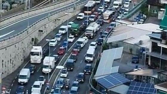 Trasporto merci in Italia: più costi, meno competitività