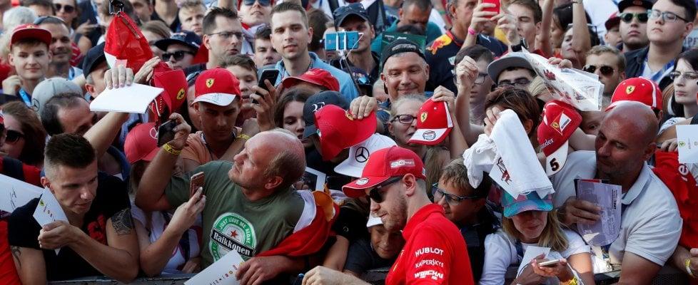 """""""Universo Ferrari"""": la casa di Maranello apre le porte di casa"""