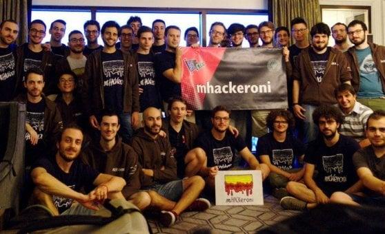 La nazionale italiana degli hacker vola a Las Vegas. Con i soldi contati