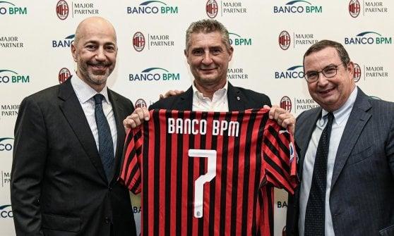 Milan, ufficiale l'arrivo di Leao: contratto di 5 anni