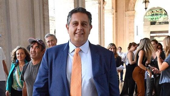 Fi, Toti dopo l'addio lancia il tour del suo movimento politico e si rivolge a Salvini. Carfagna resta nel partito