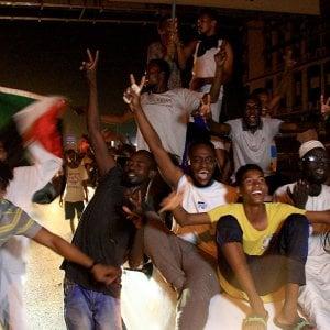 Accordo fra generali e società civile, in Sudan parte la transizione verso la democrazia
