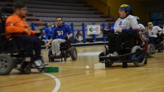 Passione e formazione oltre ogni ostacolo: il wheelchair hockey per i ragazzi del Mezzogiorno