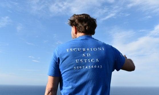 Lontani dal mondo, nel blu di Ustica