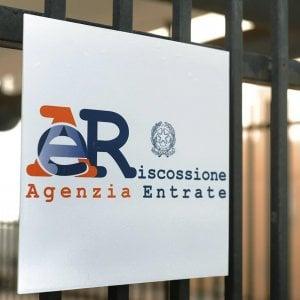 Fisco, tregua di Ferragosto: congelate 800 mila cartelle