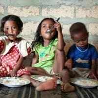 Colombia, iniziativa del governo per evitare che i bambini nati da genitori venezuelani divengano apolidi