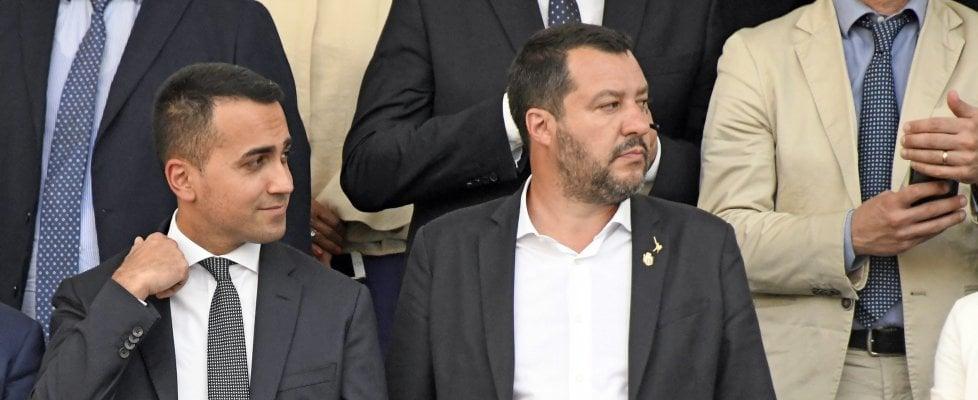 """Governo, Di Maio incontra capigruppo 5S a Palazzo Chigi. Scenari di crisi: dubbi su chi farà legge Stabilità. Castelli: """"Andiamo avanti"""""""