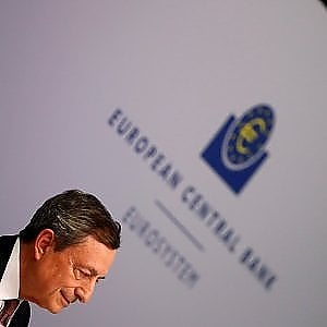 La Bce avverte: Pil Eurozona in rallentamento, pronti ad agire con nuove misure