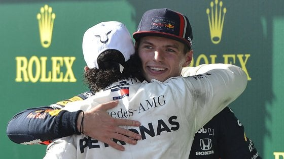 """Formula 1, Verstappen punge Hamilton: """"Non è nulla di speciale"""""""