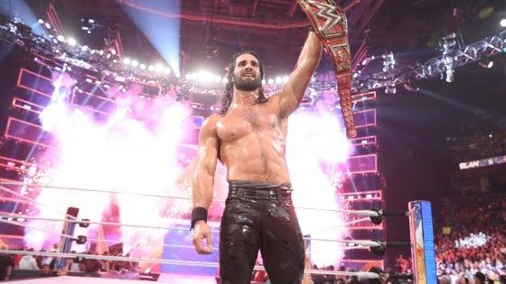 Wrestling, a WWE Summerslam il trionfo di Seth Rollins