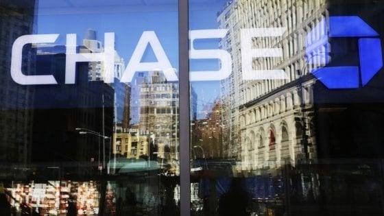 Canada, Chase Bank cancella tutti i debiti delle carte di credito dei clienti: Un regalo