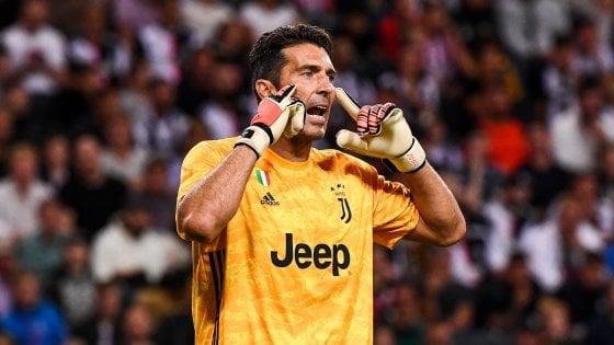 """Juventus, Buffon: """"Sono tornato a casa, questa è la mia famiglia"""""""