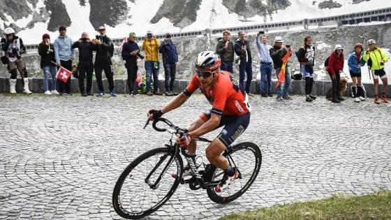 Ciclismo, Pozzovivo operato: ''Hanno messo fine alla mia carriera''