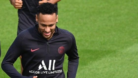 Neymar-Barcellona, si tratta: al Psg 100 milioni più Coutinho